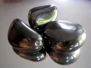 3 color black hermatite shiny stone uses for healing